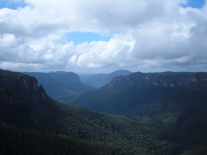 blue mountains australia landscape